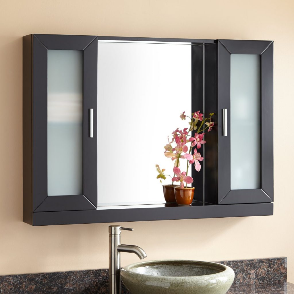 40 Winneston Medicine Cabinet Bathroom
