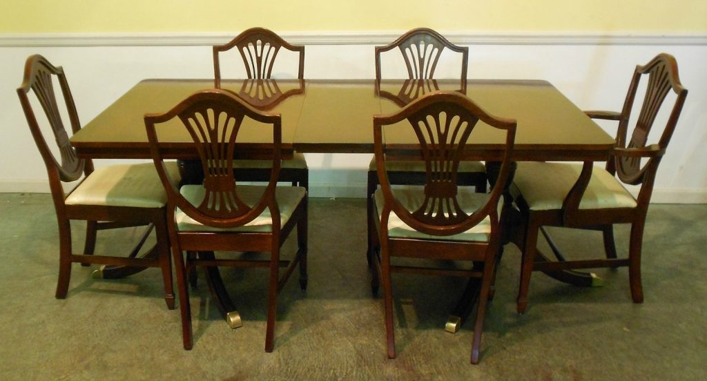 Antique Mahogany Dining Table And Chairs Antique Furniture