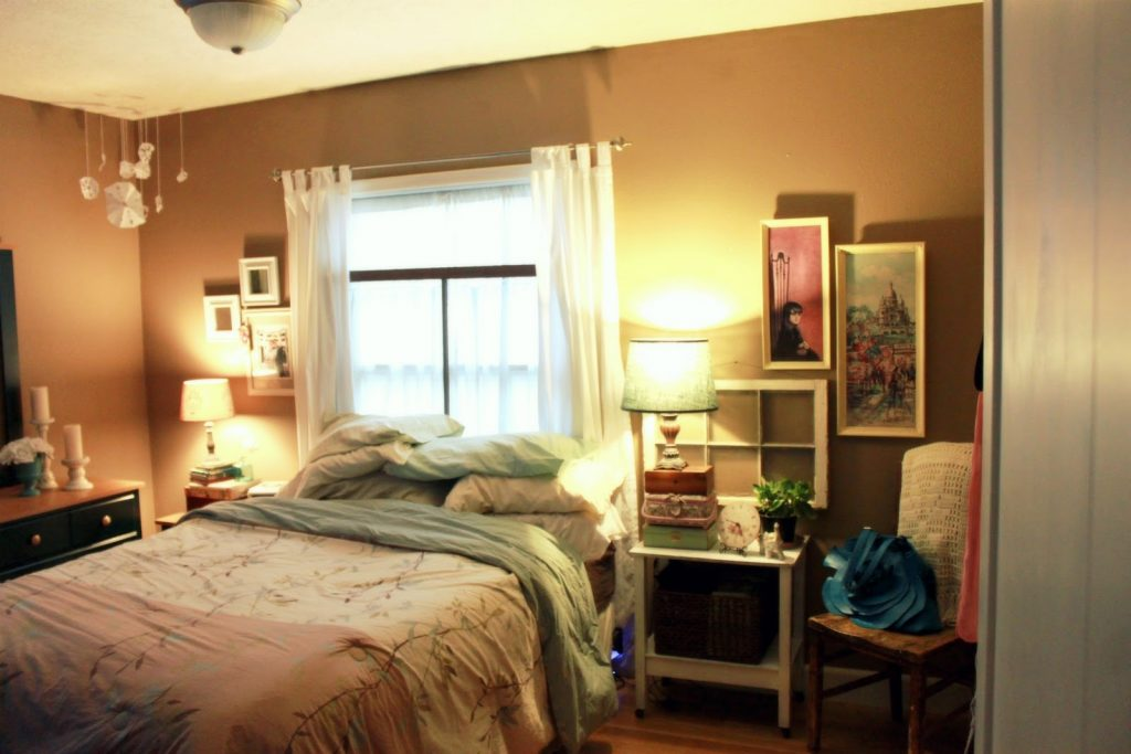 Arrange Bedroom Ideas With Good How To Furniture In A Small On