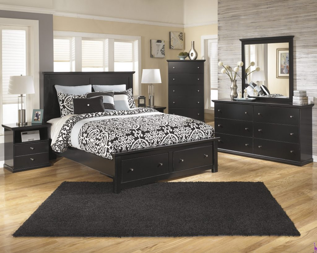 Ashley B138 Maribel Queen Storage Bed