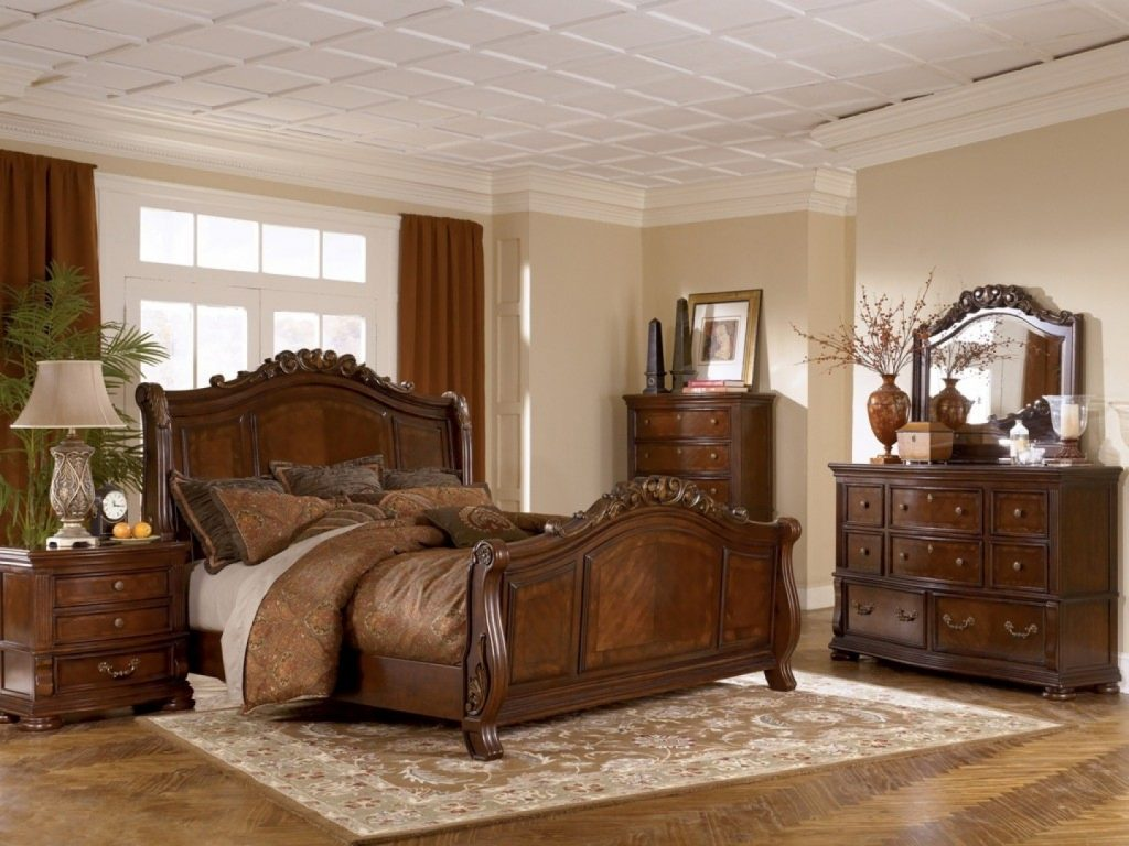 Bedroom Celine Piece Mirrored And Upholstered Tufted King Bedroom