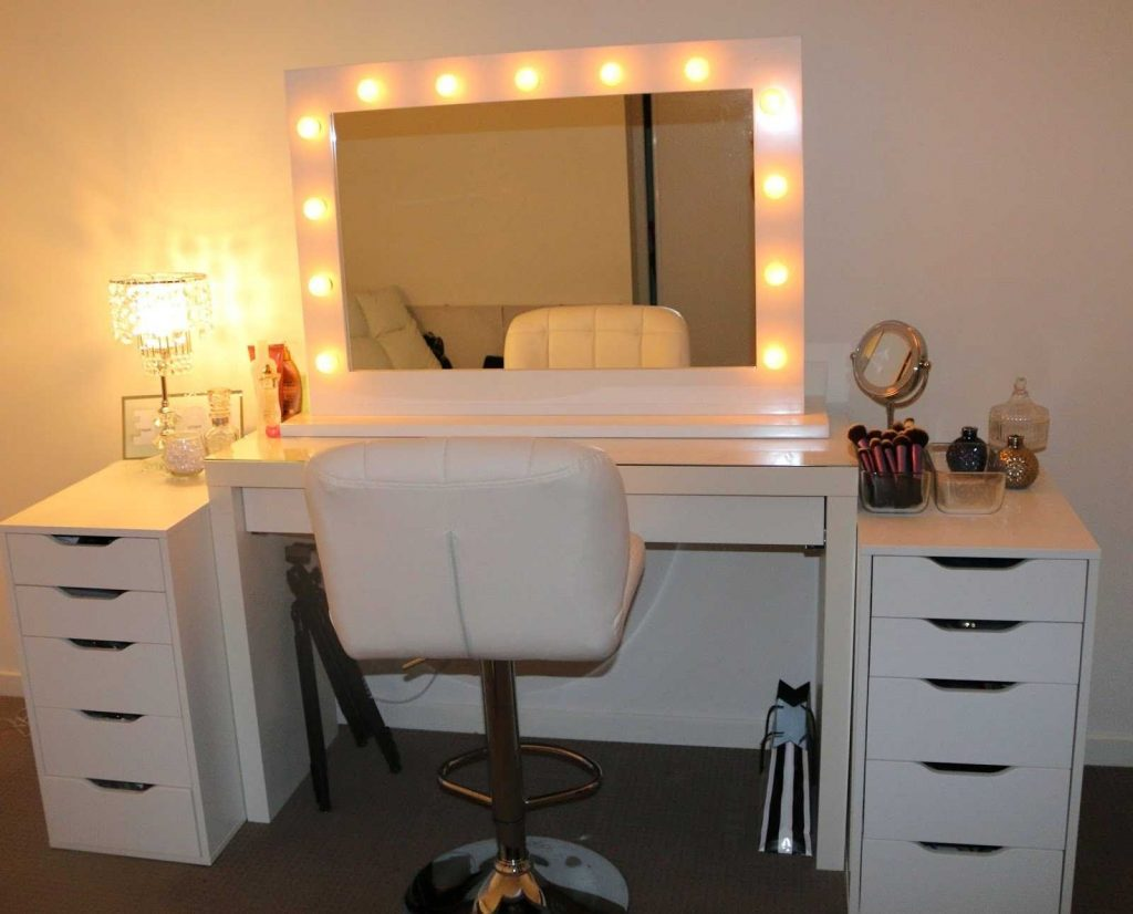Bedroom Makeup Vanity Elanor Design