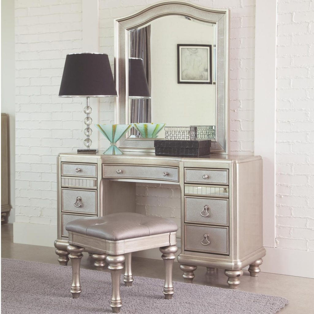 Bedroom Makeup Vanity Sets Vanities Makeup Tables Wooden Makeup