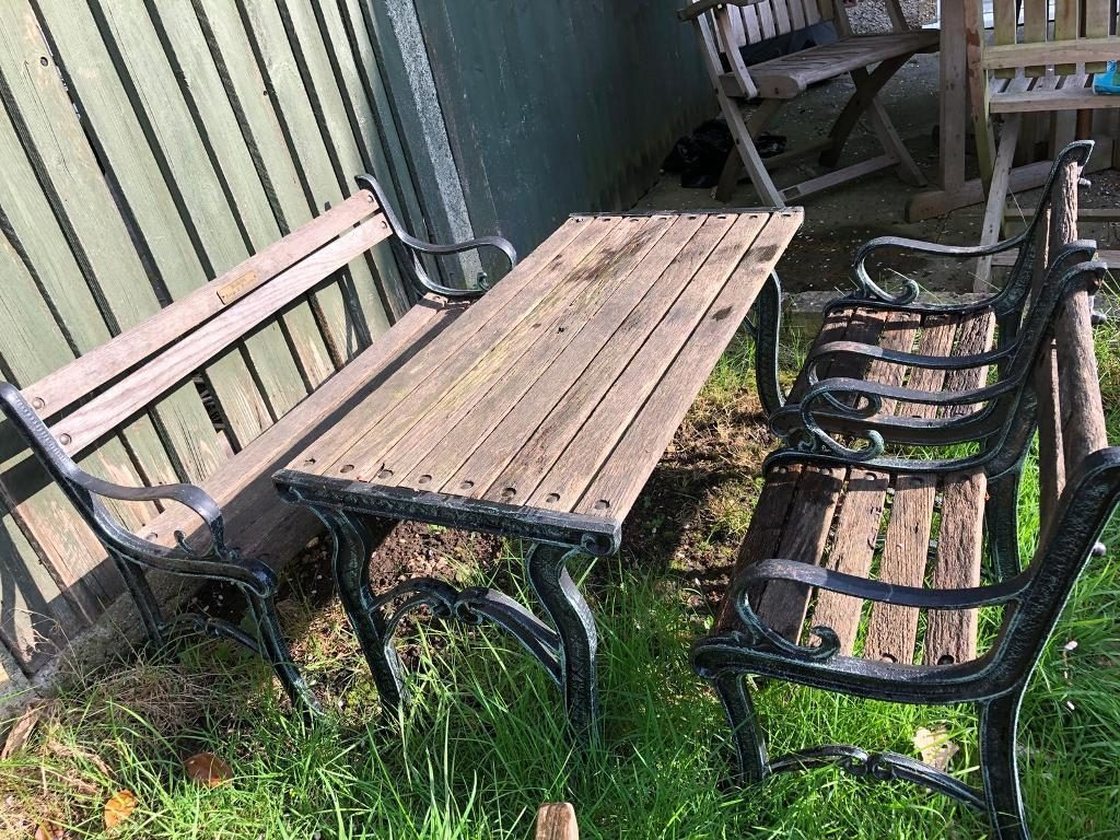 Berkeley Forge Foundry Cast Iron And Wood Kids Garden Table Chairs