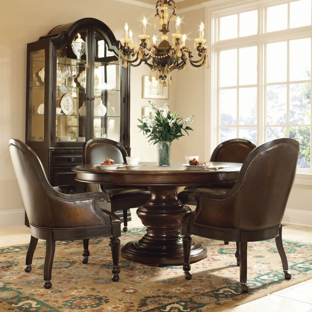 Bernhardt Normandie Manor 5pc Round Dining Room Set With Large