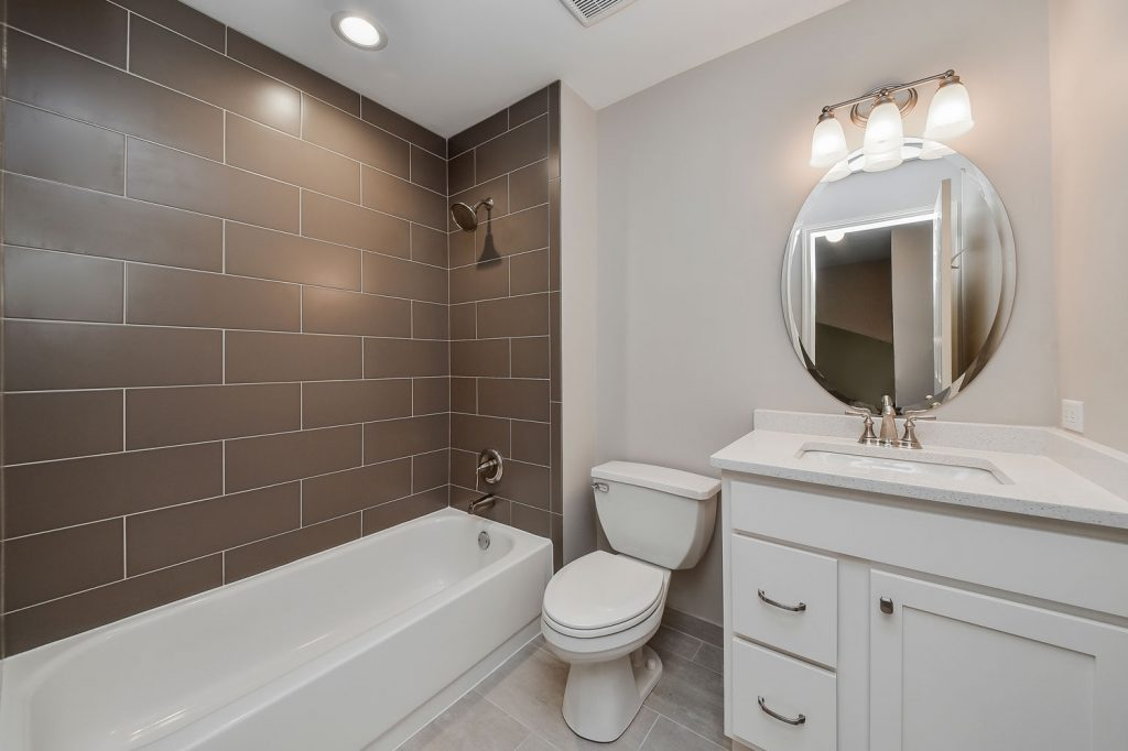 Charles Cindys Hall Bathroom Remodel Pictures Home Remodeling