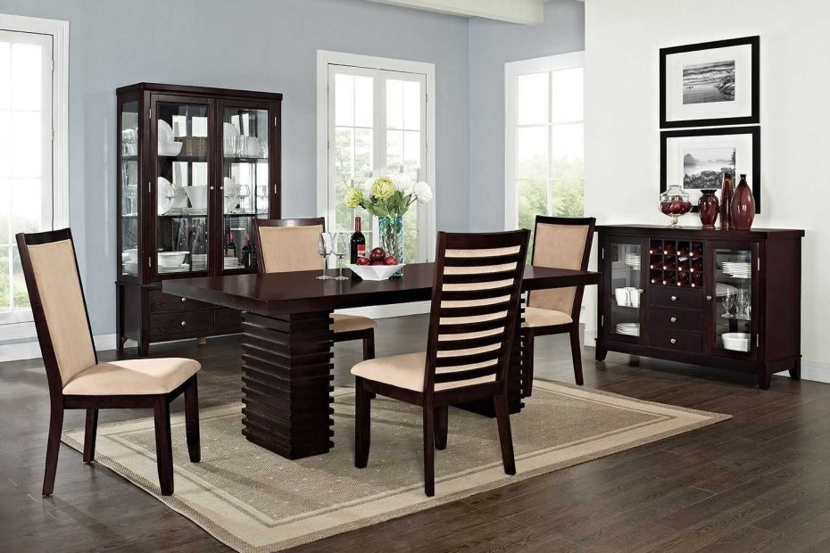 Charming Value City Furniture Dining Room Sets Inspirations