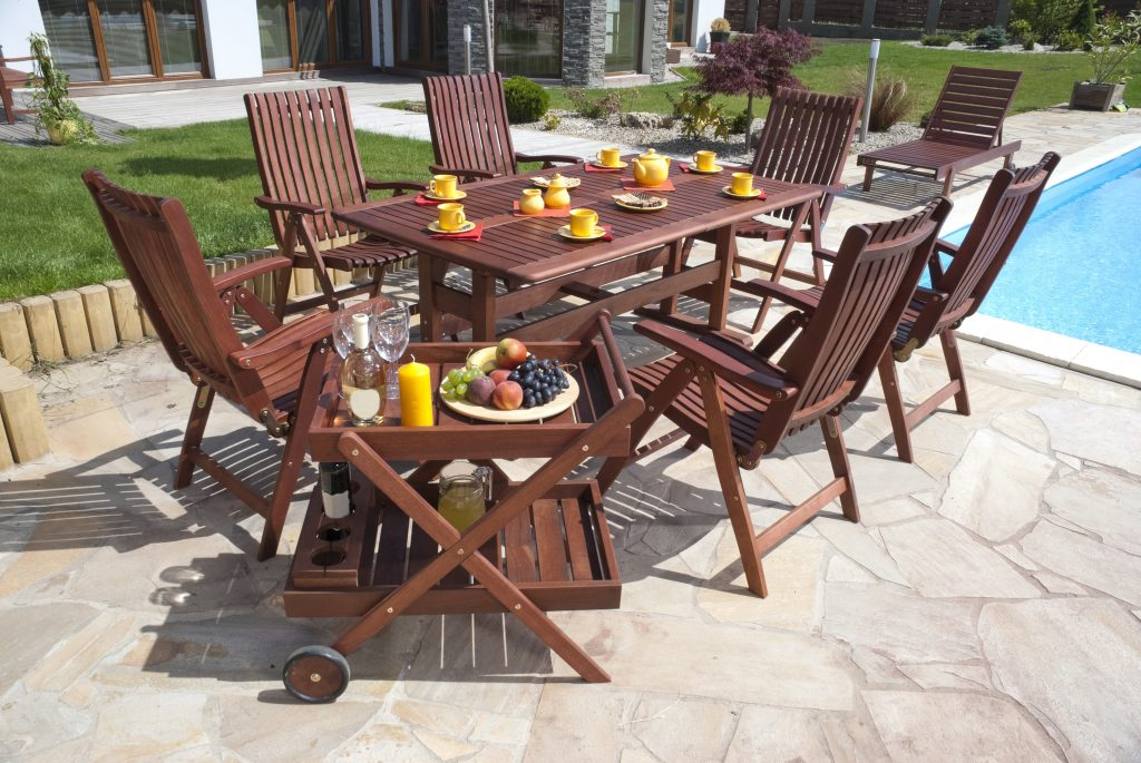 Choosing The Right Outdoor Furniture For You Artistic