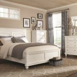 Bedroom Sets In White