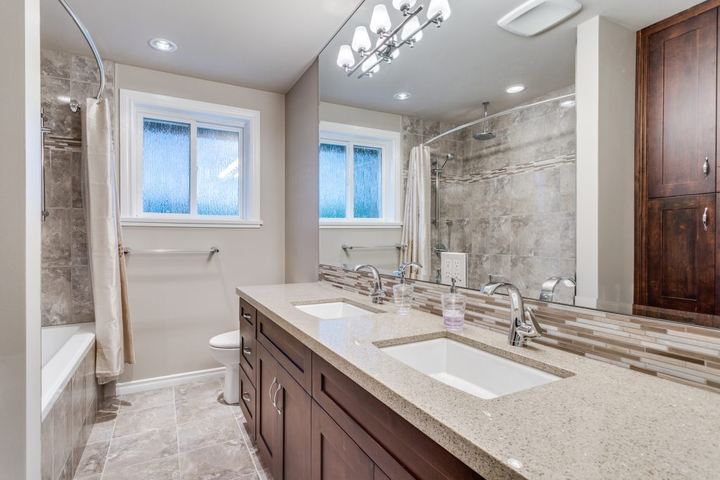 Cost Of A Bathroom Renovation Geccetackletartsco