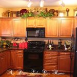 Decorating Kitchen Cabinets Tops
