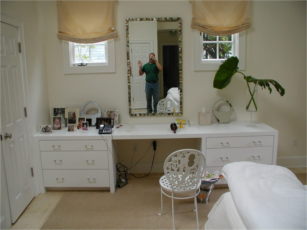 Design Diy Makeup Vanity Mirror Inspirations Also Fabulous Vanities