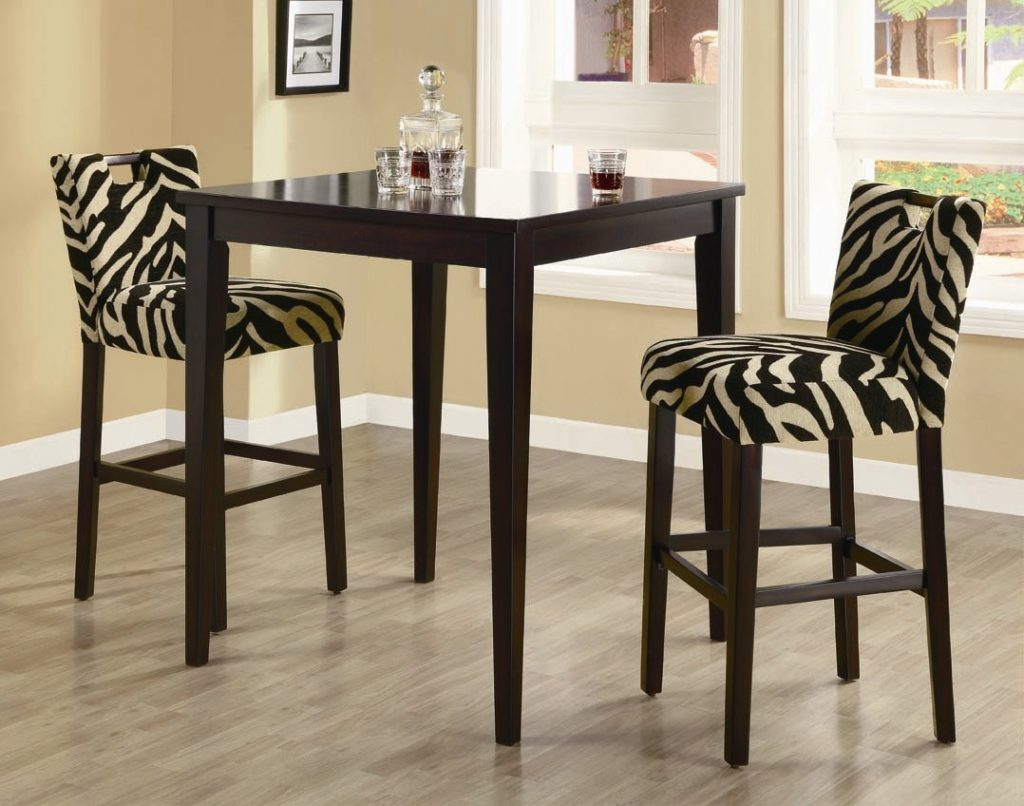 Dining Room Good Looking Tall Round Table With Bar Stools Kitchen