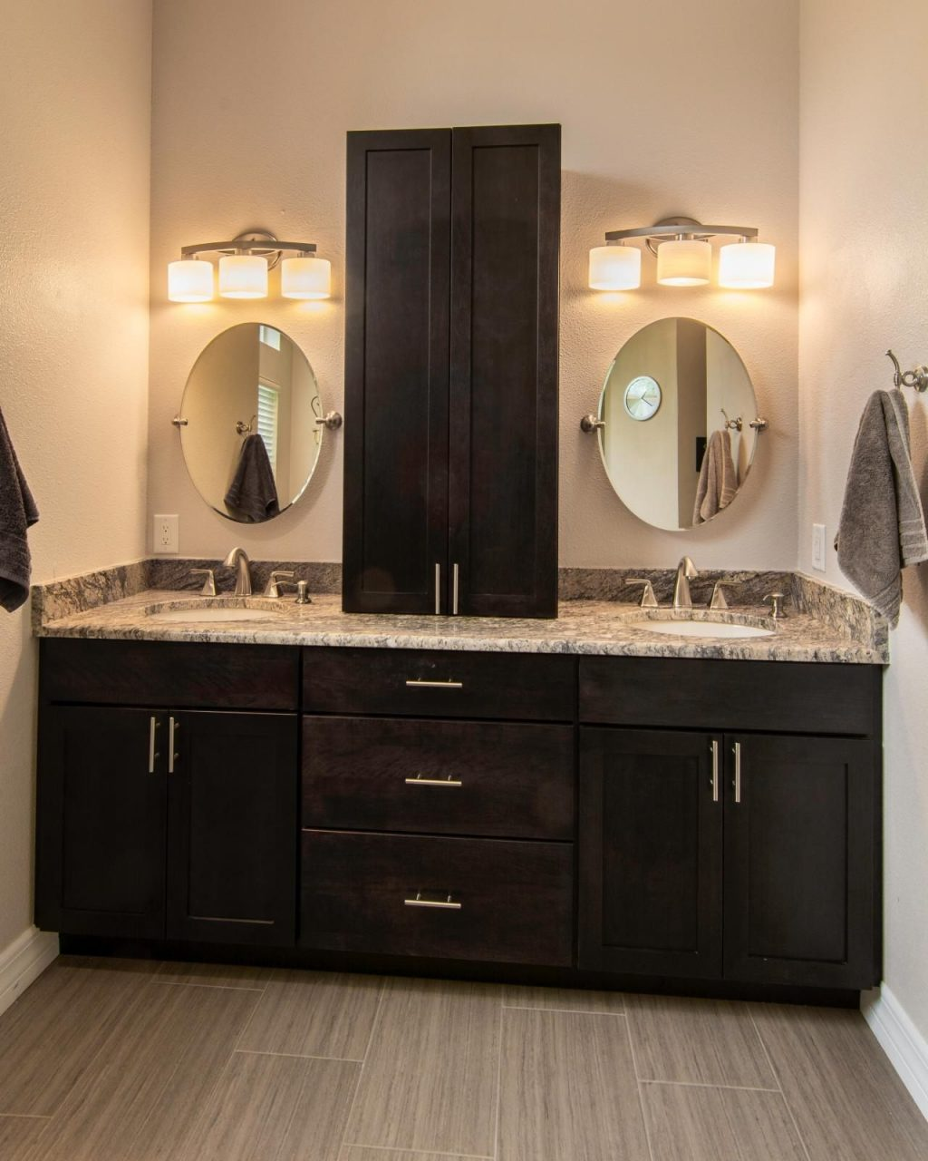 Double Bathroom Vanities Clearance Vanity Ideas