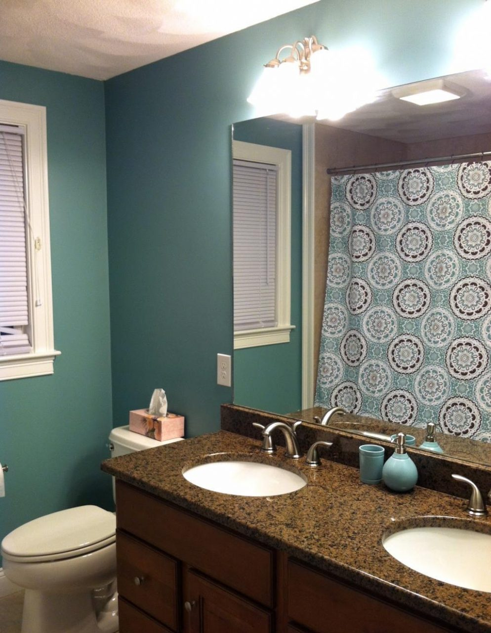 Finding Small Bathroom Color Ideas The New Way Home Decor