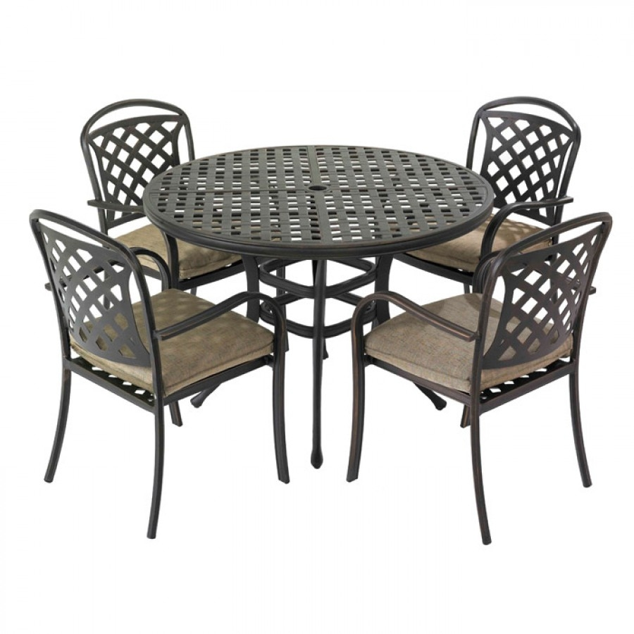 Hartman Berkeley 4 Seat Round Garden Furniture Set With Parasol