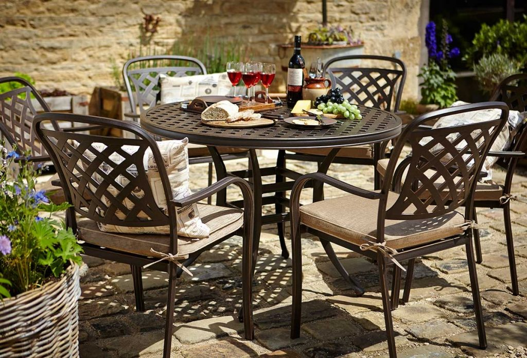 Hartman Berkeley 6 Seat Round Set Hayes Garden World