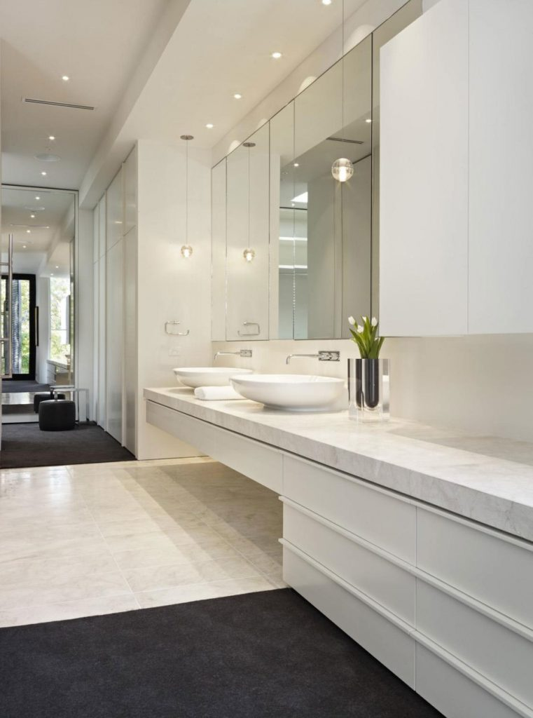 Interior Marvelous White Bathroom Decoration Using Small Recessed