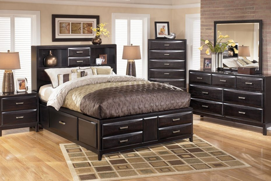 Kira Storage Panel Bedroom Set In Black Ashley Signature Design