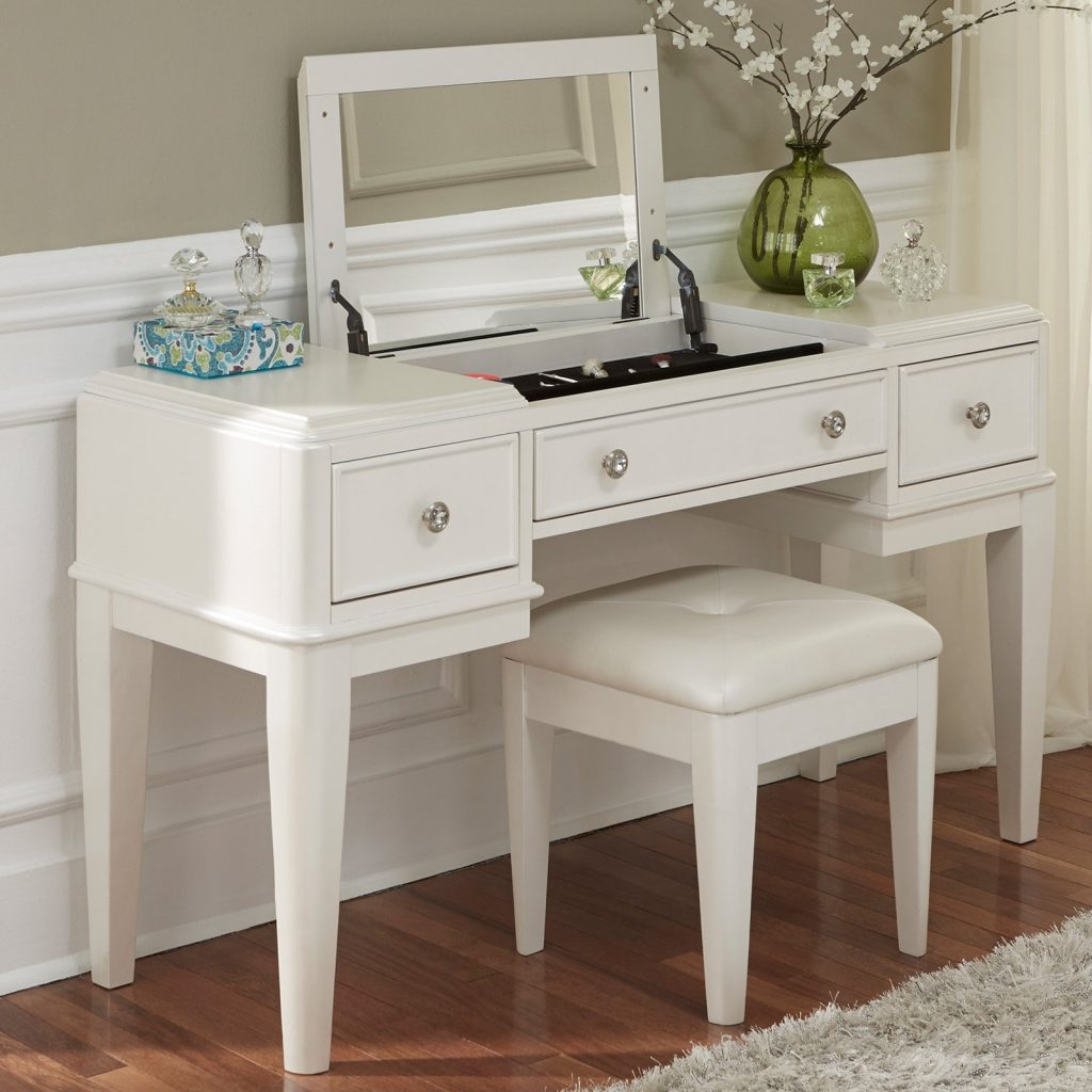 Liberty Furniture Stardust Bedroom Vanity With Optional Stool