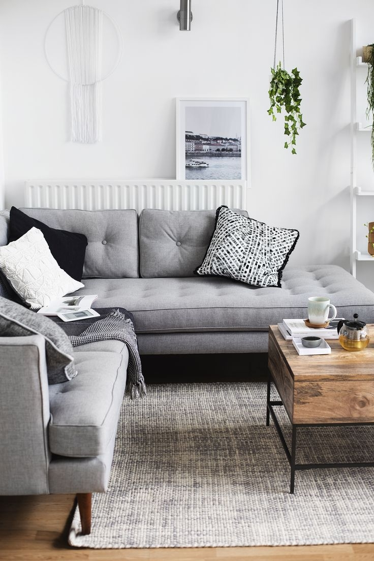 Picture of: Living Room Layout And Decor Rooms In Grey Couch Decorating Ideas Layjao