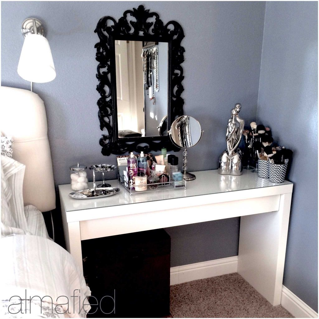 Makeup Vanities For Bedrooms Ideas With Enchanting Bedroom Vanity
