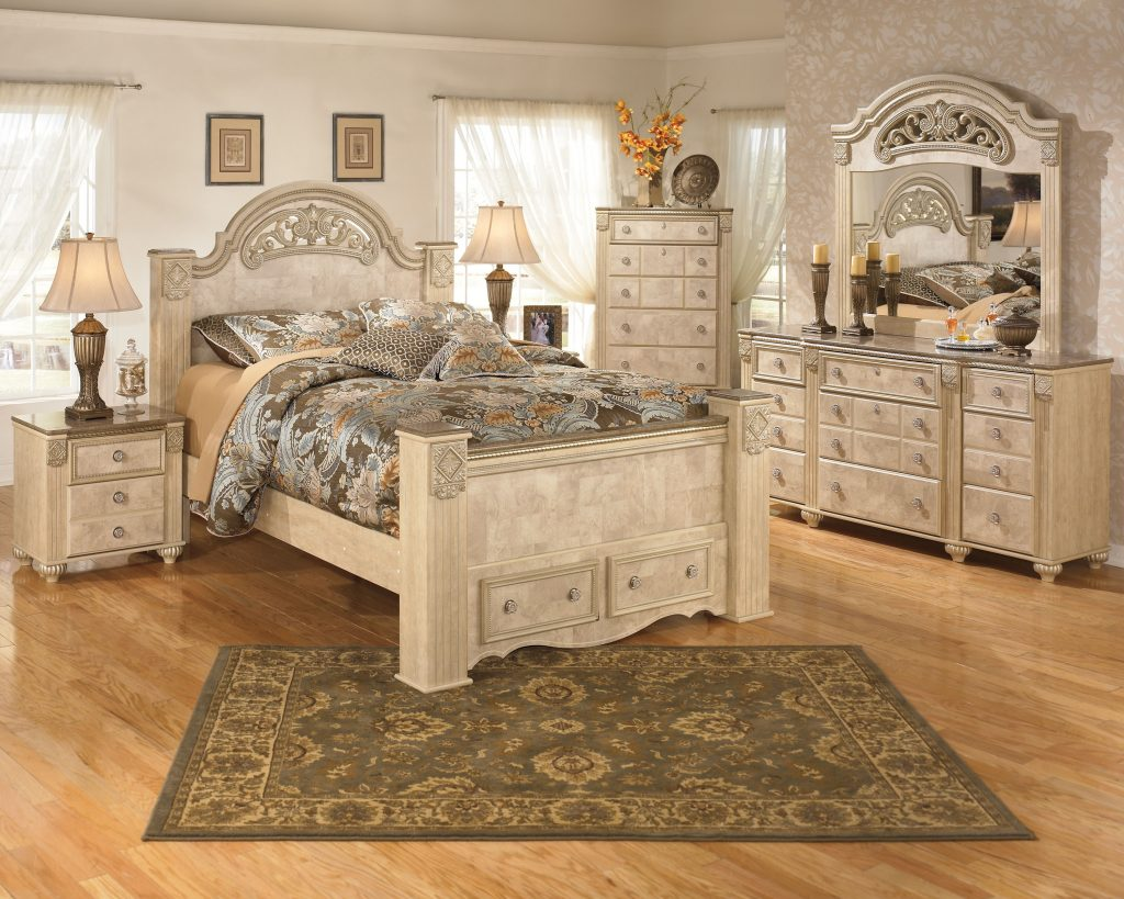 Pretty Light Wood Bedroom Sets 15 Oak Furniture Logicboxdesign