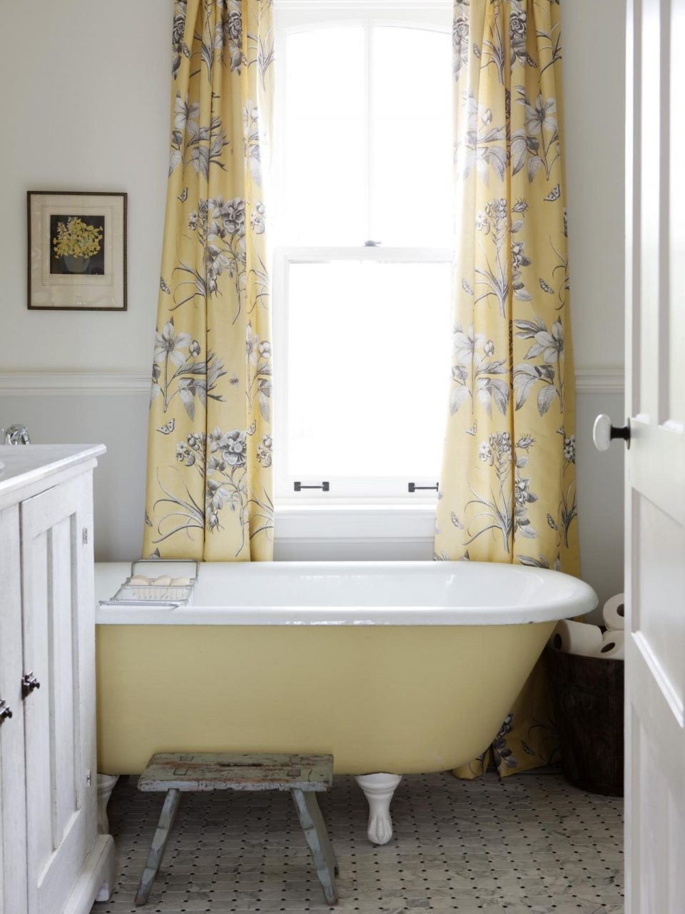Shab Chic Bathroom Designs Pictures Ideas From Hgtv Hgtv