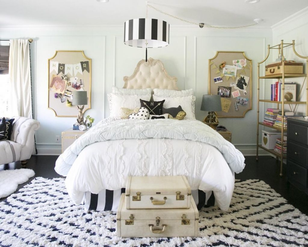 Simple Pottery Barn King Bedroom Sets On Small Home Remodel Ideas