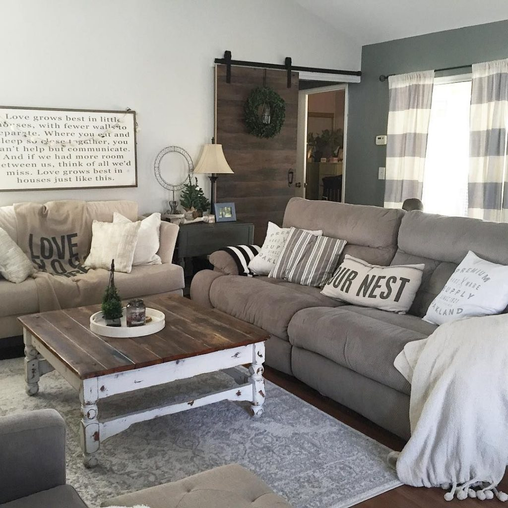 This Country Chic Living Room Is Everything Rachelbousquet Has Us