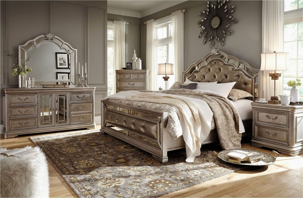 Upholstered Bedroom Sets Style Birlanny Silver Upholstered Panel