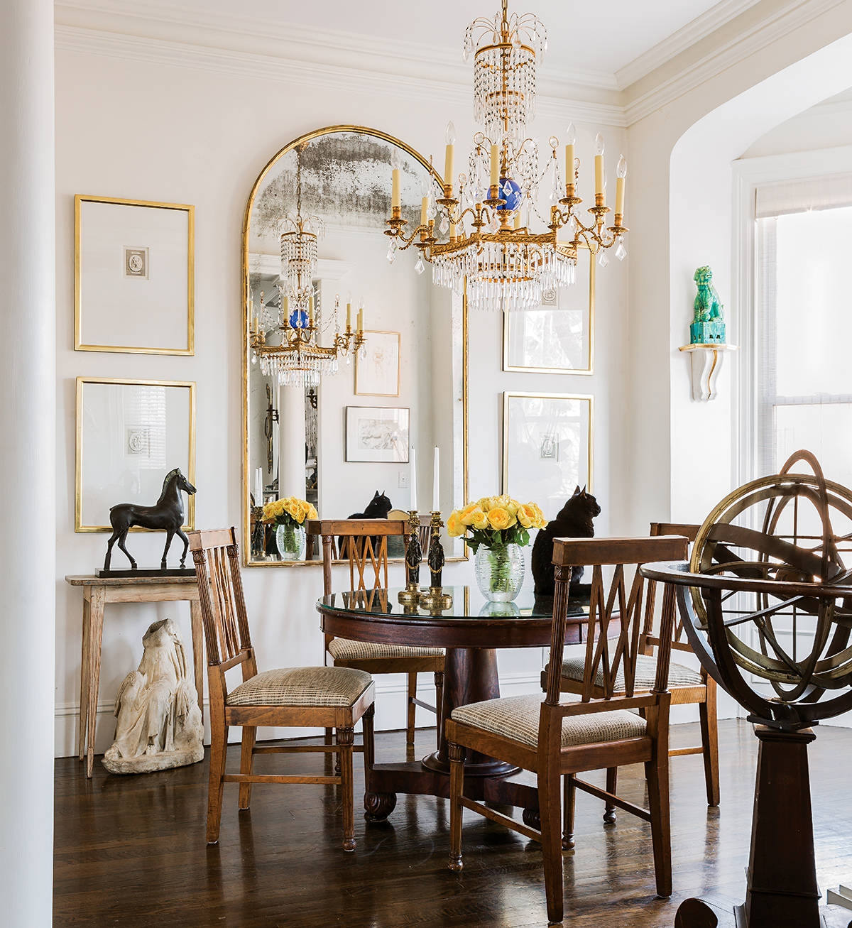 Watch Out For These Dining Room Trends For 2018