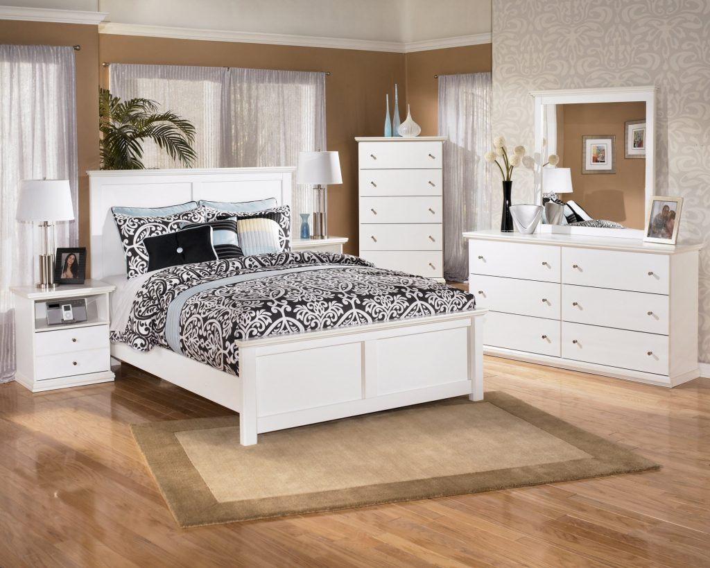 White Bedroom Furniture Vs Black Bedroom Furniture Home Design