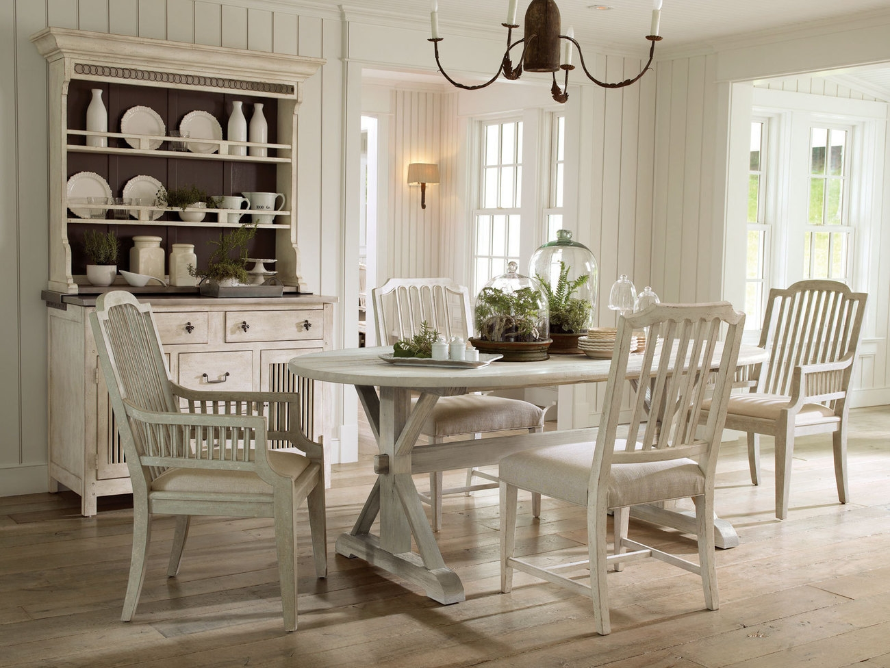 Picture of: White Wood Dining Room Table And Country Style Dining Room Chairs Layjao