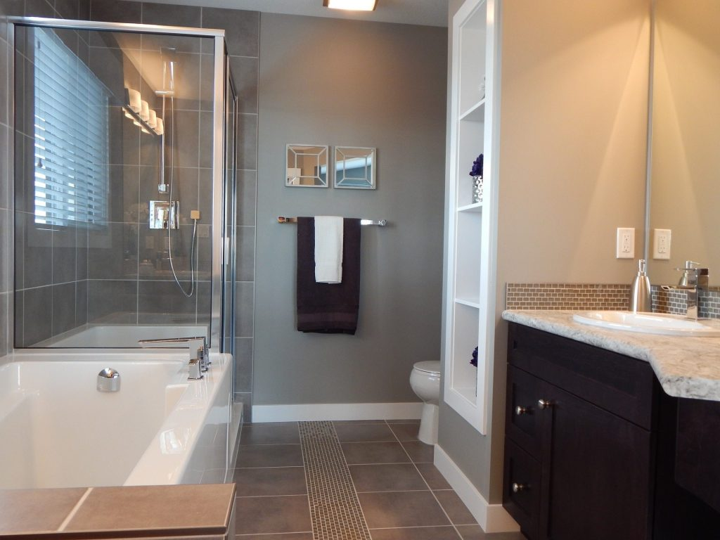11 Easy Bathroom Remodeling Ideas The Money Pit