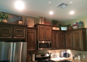 Kitchen Decorating Above Cabinets