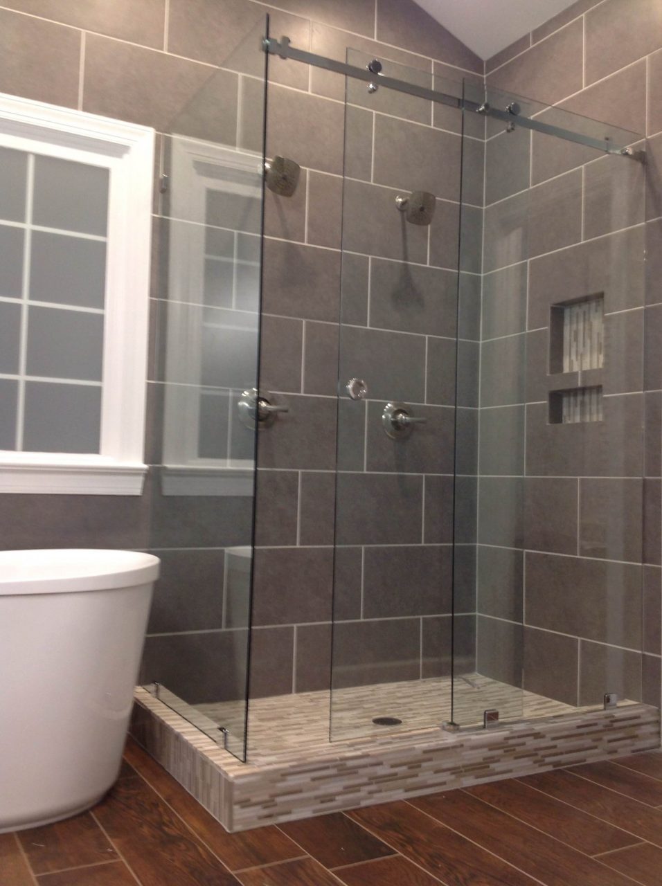 As Seen On Hgtvs Love It Or List It Mia Shower Doors