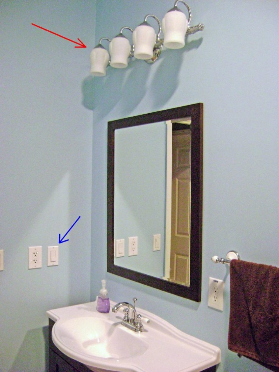 Bathroom Vanity Light With Outlet Pertaining To Coolestroom For