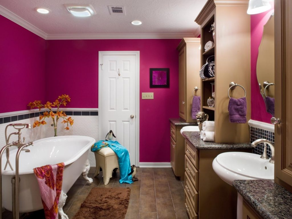 Bold Bathroom Colors That Make A Statement Hgtvs Decorating