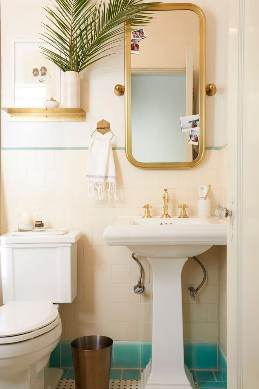 Brady Gives A Refresh To His Vintage Bathroom Emily Henderson