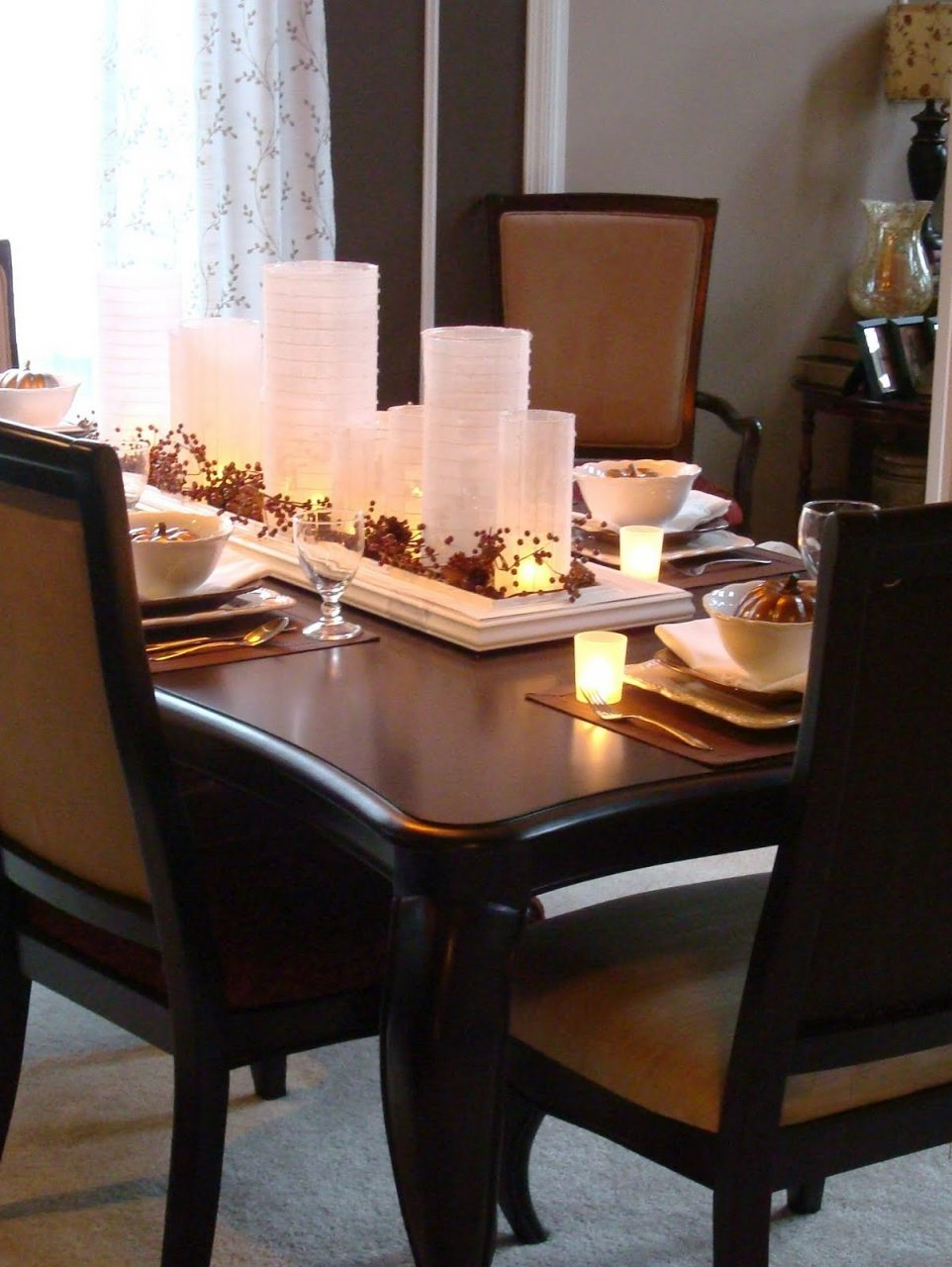 Centerpieces For Dining Room Tables Homesfeed Luxury Centerpiece Gabc