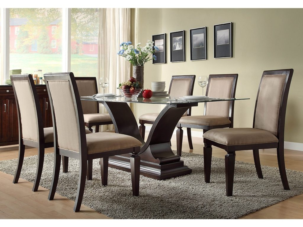 Enjoy Meal Comfortably While Sitting Together On The Unique Dinning