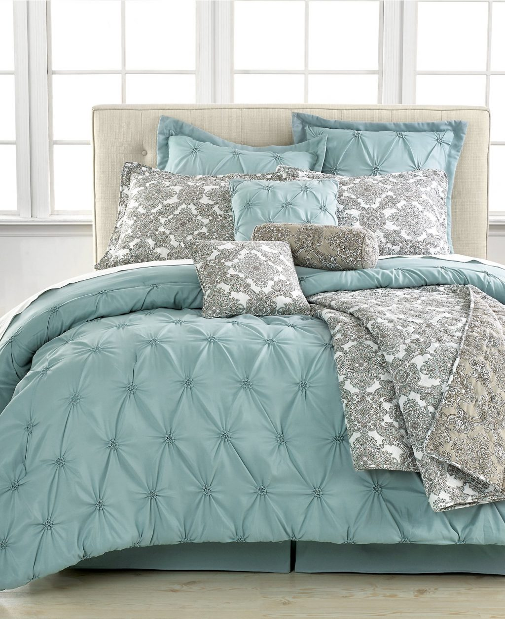 Fascinating Cheap Bed Comforters Bedroom Sets For Queen Comforter On