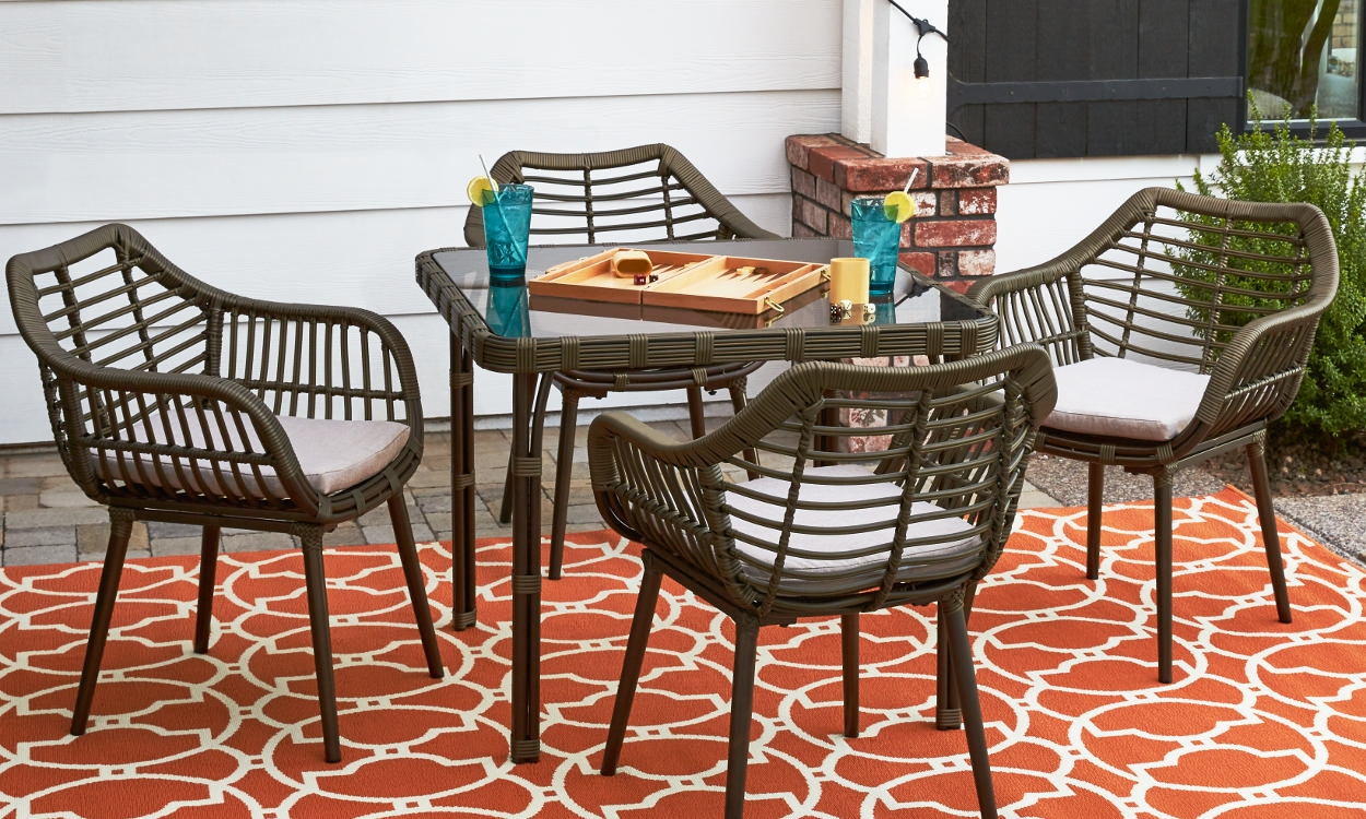 How To Choose Patio Furniture For Small Spaces Overstock