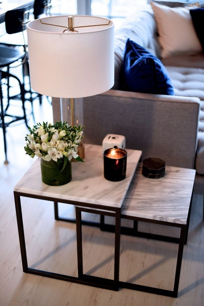 How To Style A Coffee Table In Your Living Room Decor Home Decor