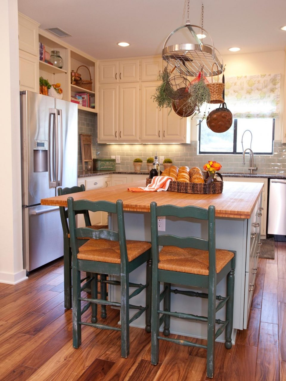 Kitchen Remodels For Small Kitchens Design Space Makeovers On A