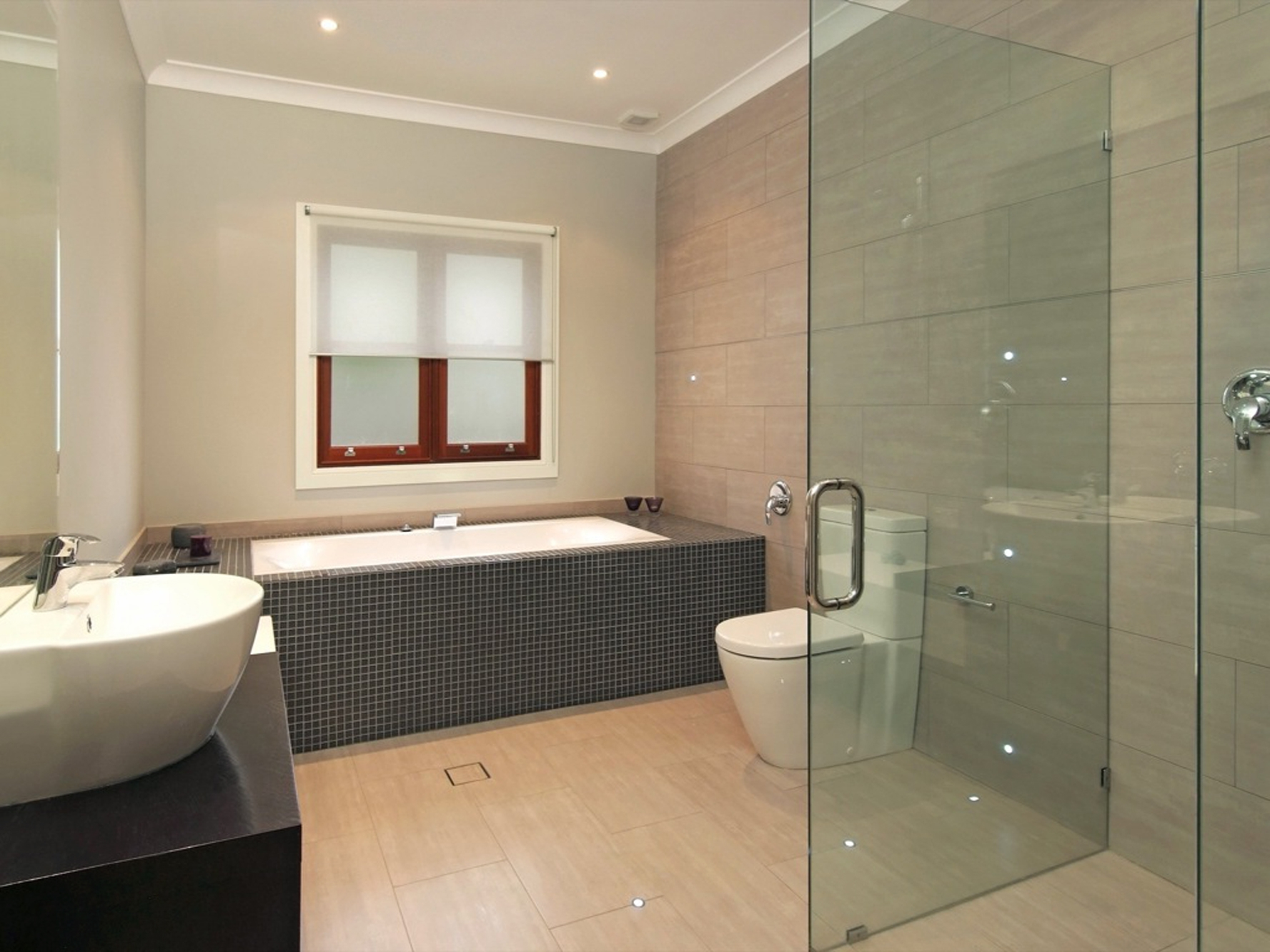 Medium Size Bathroom Ideas New House Designs