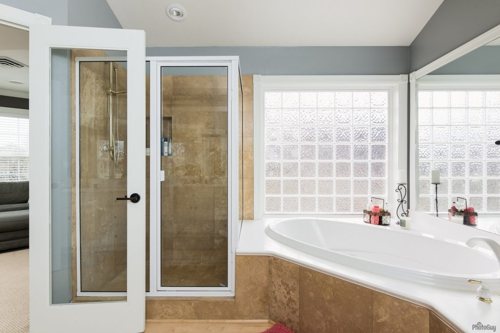 Metolius Drive Bathroom Remodel John Webb Construction Design