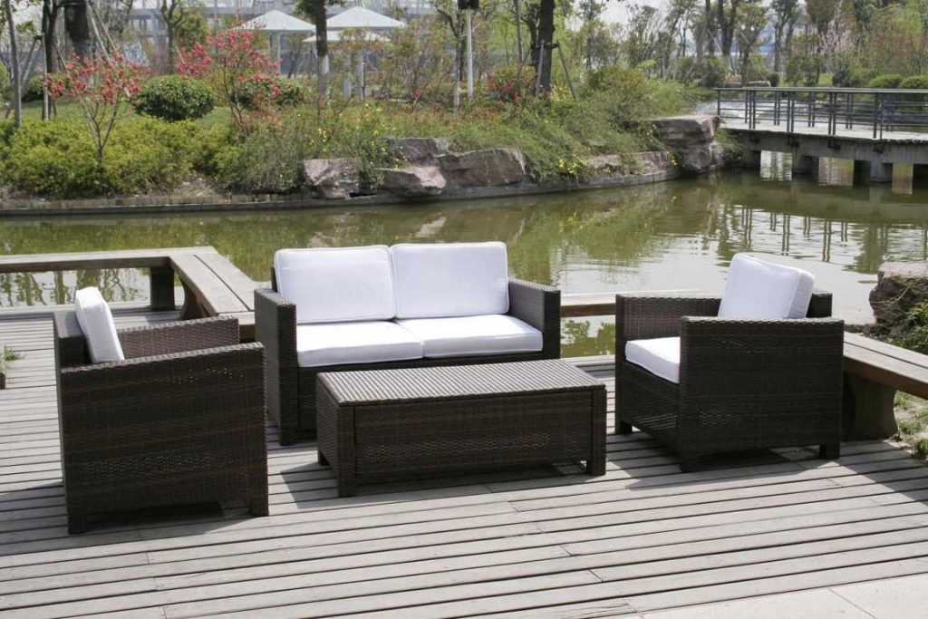 Outdoor Furniture For Very Small Spaces Outdoor Designs