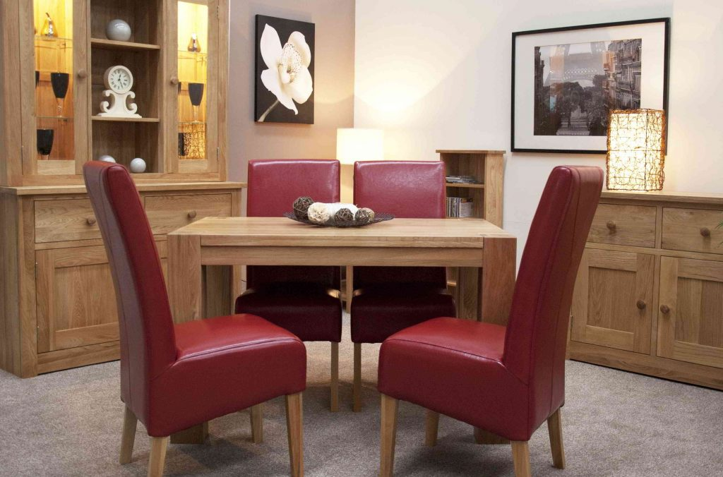 Romano Solid Oak Furniture Small Dining Table And Four Red Leather